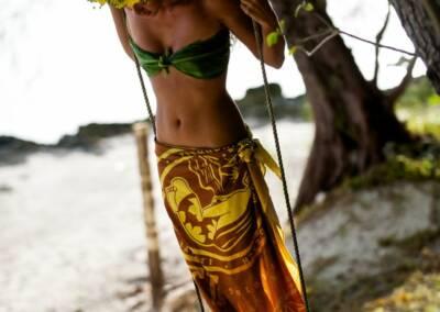 Swing Tahiti Tim McKenna